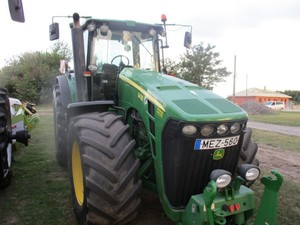 Фото: Трактор John Deere 8430 Powershift 2006 г/в,мощн.-335л.с.